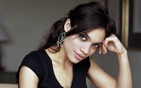 Rosario Dawson in Negotiations for New Mutants Role