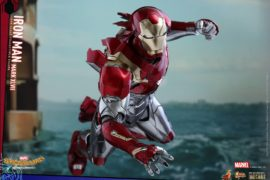 Hot Toys Spider-Man Homecoming Iron Man
