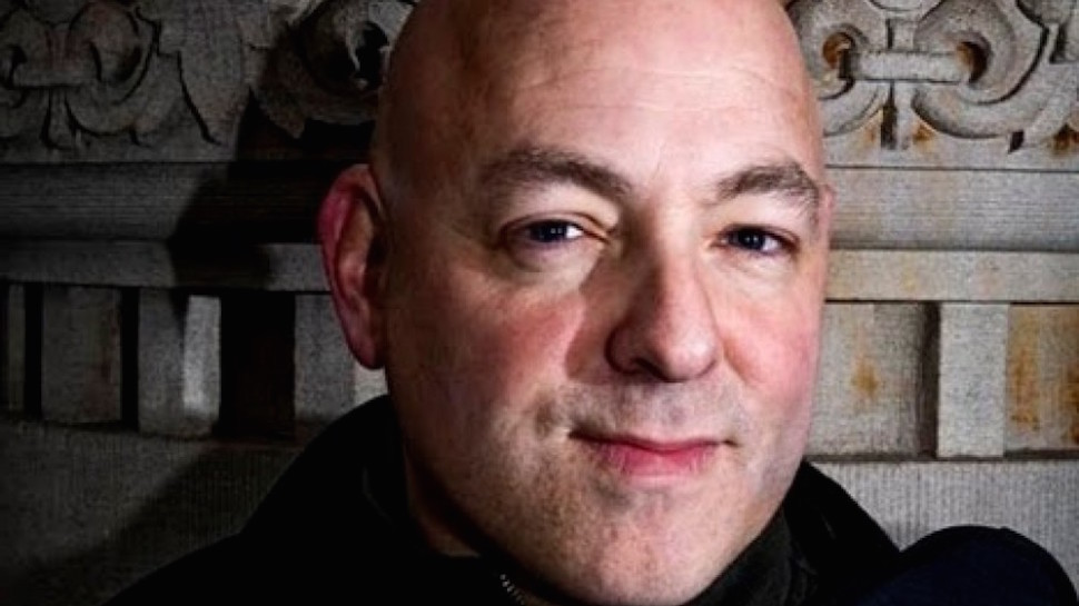 Brian Michael Bendis Leaves Marvel for DC Comics After 17 Year Career