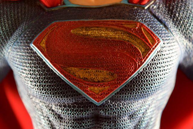 Justice League Movie Superman Statue REVIEW