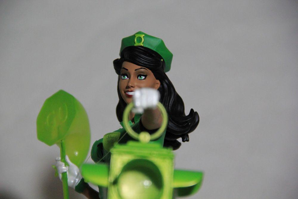 Dc Bombshells Green Lantern Jessica Cruz Statue Review Gww