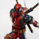 Diamond Select Toys Marvel Gallery: Deadpool Ice Edition PVC Figure