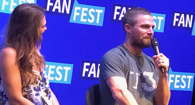 Heroes & Villains Fan Fest Stephen Amell Panel Highlights