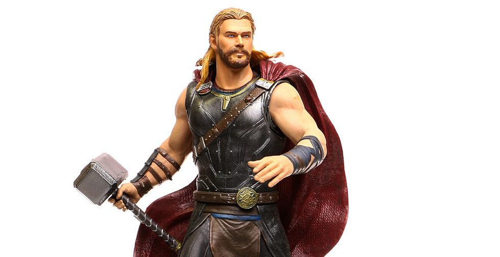 Diamond Select Thor PVC Diorama Video Review