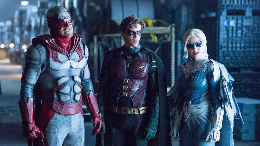 'Titans': Alan Ritchson Confirms Season 3 Return For Hawk & Dove, Spin-Off Talks