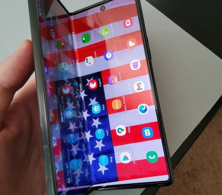 Review: Samsung Galaxy Z Fold2 – Folding Phones Have Arrived