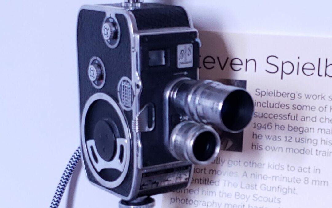 GWW Gift Guide: The Steven Spielberg Movie Camera Light
